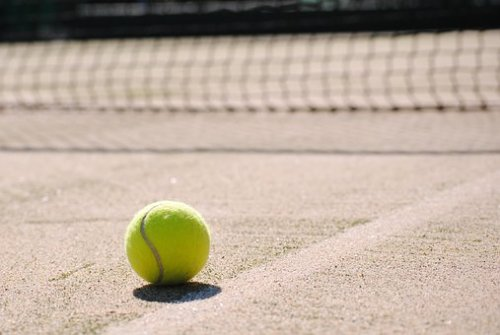 tennis-2042723__340